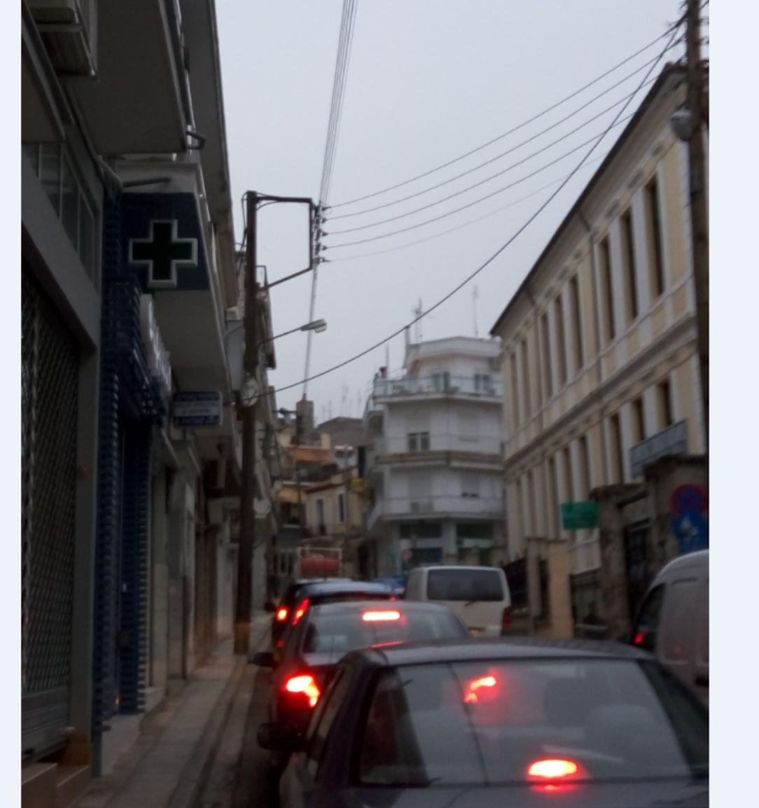 Επιστολή αναγνώστη στο Kozan.gr: Tο απορριμματοφόρο του Δήμου Κοζάνης είναι υπεύθυνο για την κυκλοφοριακή συμφόρηση