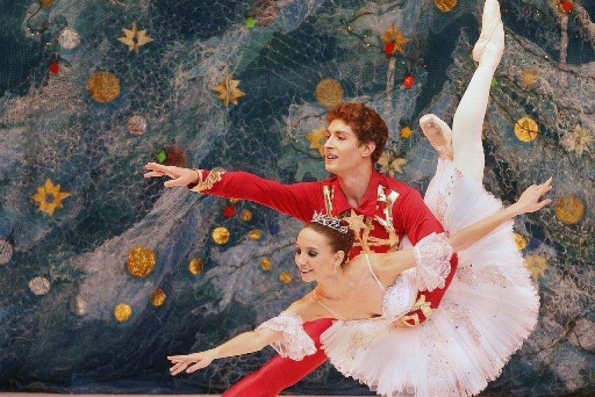 """Ο """"Καρυοθραύστης"""" του Π. Ι. Τσαϊκόφσκι από τα Κρατικά Μπαλέτα της Μόσχας, την Πέμπτη 8 Δεκεμβρίου, στο Κλειστό Γυμναστήριο Λευκόβρυσης"""