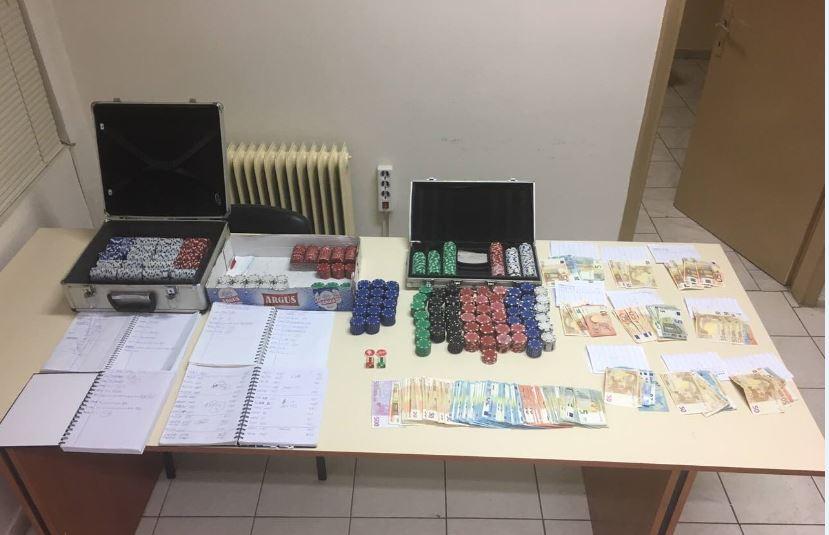 Συνελήφθησαν δέκα άτομα στην Πτολεμαΐδα για παράβαση της νομοθεσίας περί παιγνίων (Φωτογραφία)