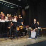 Ο πρωτοψάλτης Αναστάσιος Καγκαράς με τους μαθητές του  πραγματοποίησαν συναυλία με εκκλησιαστικούς ύμνους  και παραδοσιακά χριστουγεννιάτικα κάλαντα στο Βελβεντό.  (του παπαδάσκαλου Κωνσταντίνου Ι. Κώστα)