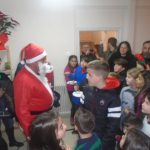 kozan.gr: Το στέκι του Συλλόγου Λιβαδεριωτών Κοζάνης επισκέφτηκε, το απόγευμα της Δευτέρας, ο Άγιος Βασίλης (Φωτογραφίες & Βίντεο)