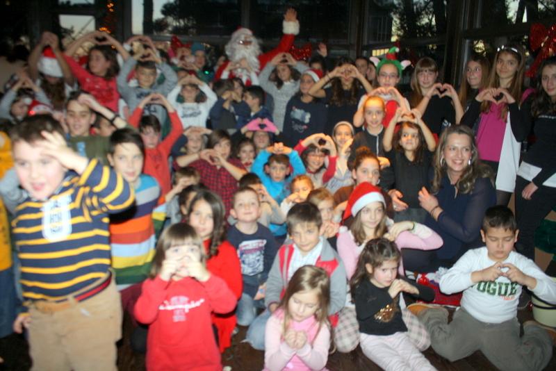 Μεγάλη επιτυχία σημειώσε η Χριστουγεννιάτικη γιορτή που οργάνωσε ο Πολιτιστικός Λαογραφικός Σύλλογος Κοζάνης «Η Κόζιανη»