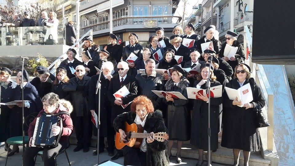 kozan.gr: Κάλαντα και χριστουγεννιάτικες μελωδίες στην κεντρική πλατεία της Κοζάνης  (Φωτογραφίες & Βίντεο)