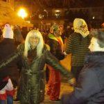 "kozan.gr: Παρά τους -4, στην Εράτυρα, το τελευταίο εορταστικό πανηγύρι που θα ξεπροβοδίσει το 2016, ξεκίνησε, με τα ""Σούρβα"" (Φωτογραφίες)"