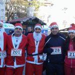 kozan.gr: Πτολεμαίδα: Φόρεσαν τη στολή του Αΐ Βασίλη και έτρεξαν για καλό σκοπό (Βίντεο & Φωτογραφίες)