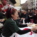 kozan.gr: Kεντρική Πλατεία Κοζάνης: Τα παραδοσιακά Κοζανίτικα  γιαπράκια είχαν την τιμητική τους (Φωτογραφίες & Βίντεο)