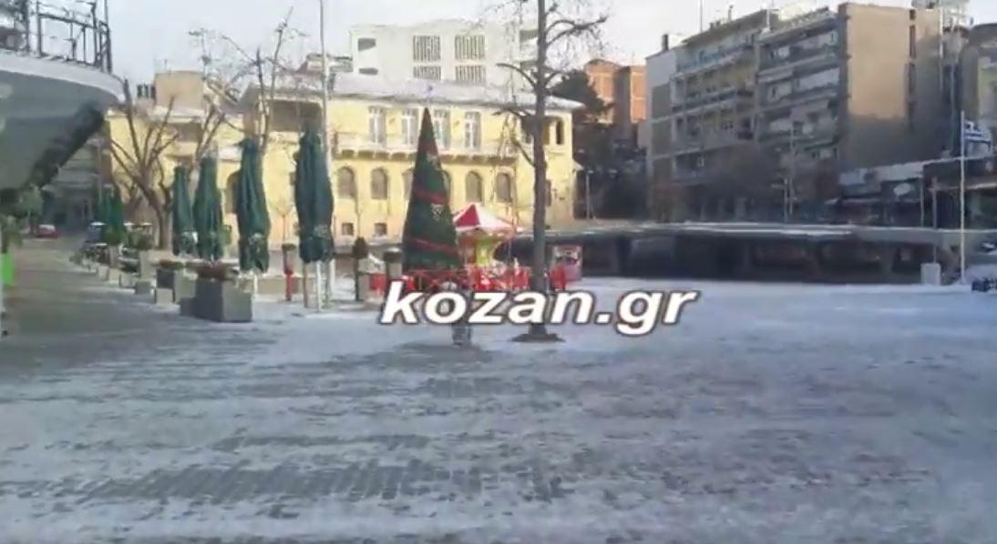 kozan.gr: Ώρα 09:30 π.μ.: Δυνατοί άνεμοι και -15 η θερμοκρασία στο κέντρο της Κοζάνης (Βίντεο)