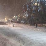 """kozan.gr: Ώρα 22:00: Το """"στρώσε"""" στην κεντρική πλατεία Κοζάνης – Σφοδρή χιονόπτωση, με δυνατούς ανέμους (Βίντεο & Φωτογραφίες)"""