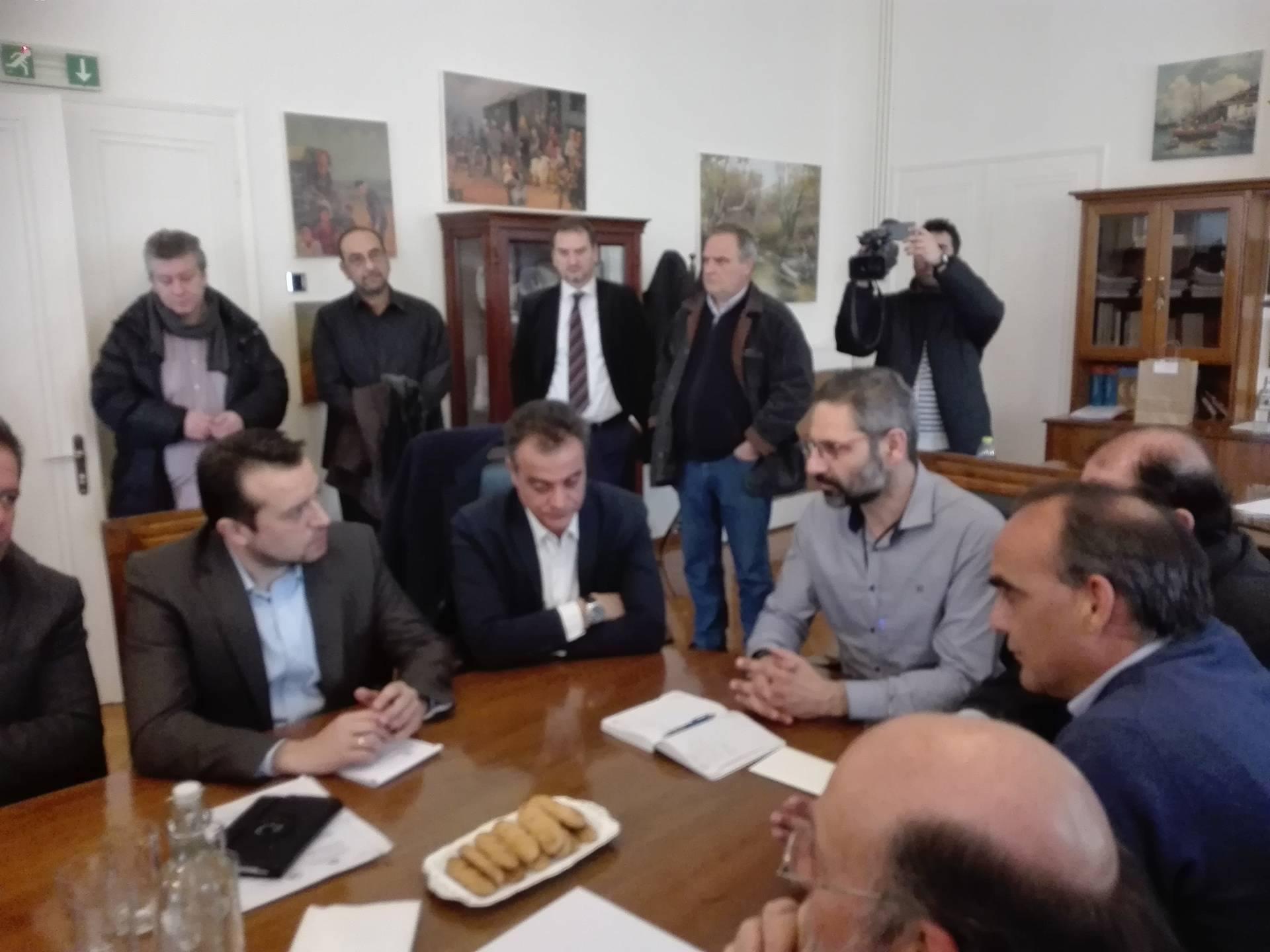 kozan.gr: Στο δημαρχείο Κοζάνης ο Υπουργός Νίκος Παππάς – Τι συζήτησε με το δήμαρχο Κοζάνης (Φωτογραφίες & Βίντεο)