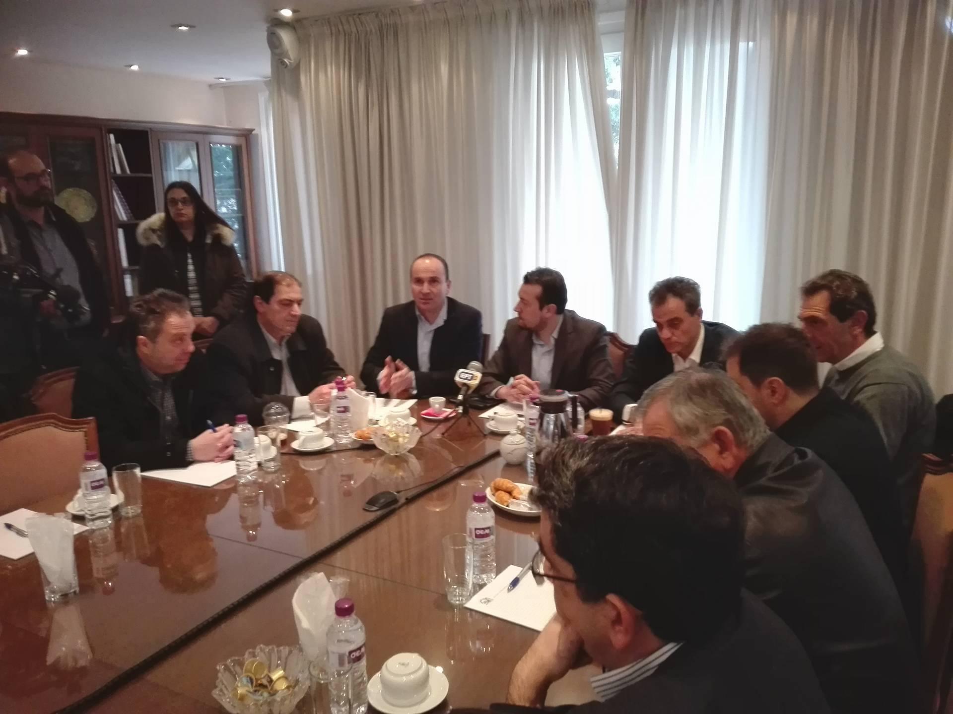 kozan.gr: Ώρα 11:00 π.μ.: Σύσκεψη με Παραγωγικούς Φορείς στην Αίθουσα Συνεδριάσεων του Επιμελητήριου Κοζάνης πραγματοποίησε ο Υπουργός Νίκος Παππάς (Bίντεο & Φωτογραφίες)