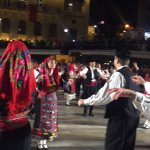 kozan.gr: Kεντρική Πλατεία Κοζάνης: Θρακιώτικοι χοροί, στο πλαίσιο των Αποκριάτικων εκδηλώσεων, παρουσιάστηκαν, το βράδυ της Κυριακής 19/2 (50 Φωτογραφίες & Βίντεο 17'+)
