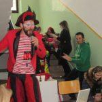 kozan.gr: Η παιδική γιορτή, στο 1ο Δημοτικό Σχολείο Κοζάνης, το μεσημέρι της Κυριακής 19/2, με αραδοσιακά παιχνίδια, happenings, χάσκα, ζωγρα-φική προσώπου και πολλές άλλες εκπλήξεις (Βίντεο)
