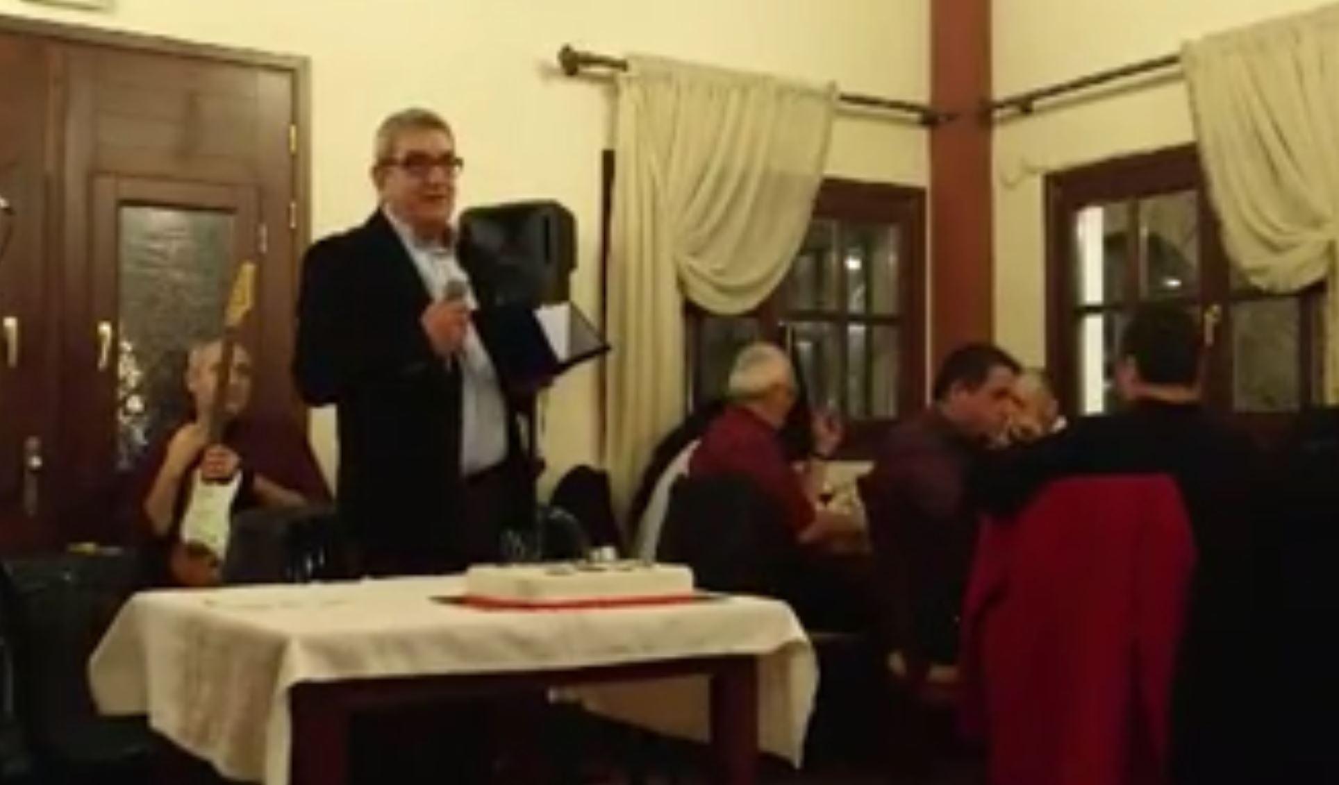 kozan.gr: Συνάθροιση, κοπή πίτας & γνωριμία του Δ.Σ. της Π.Ο.Π. Ε.Κ.Α.Β. με το νέο Διευθυντή του ΕΚΑΒ Δυτικής Μακεδονίας, Μιχάλη Δουλγεράκη – Tιμήθηκε ο απερχόμενος (διευθυντής) Παπαγγελής Δημήτρης – Ποιο το παράπoνό του κ. Παπαγγελή και τι συμβούλεψε τον αντικαταστάτη του (Βίντεο & Φωτογραφίες)