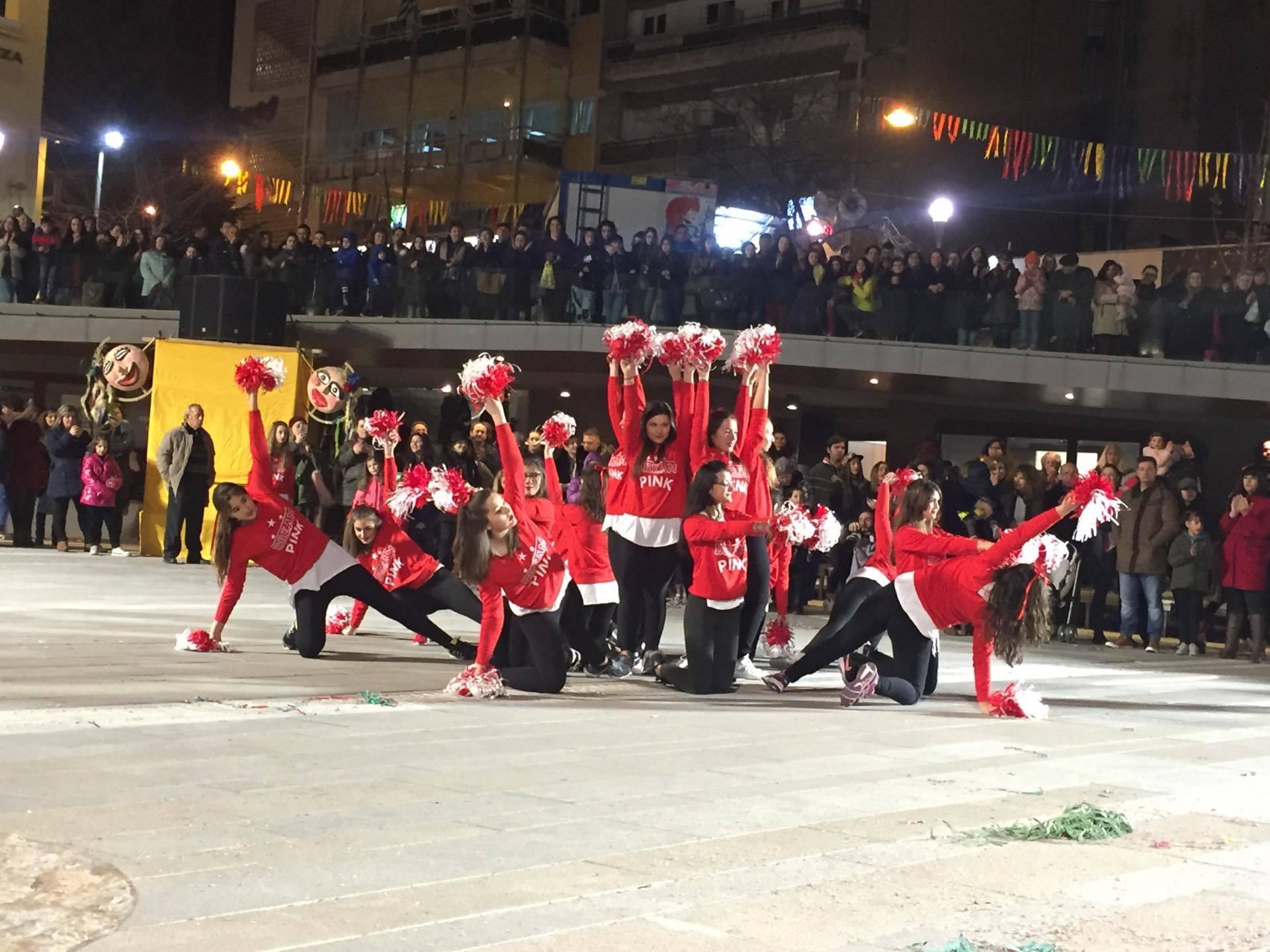 kozan.gr: Κεντρική πλατεία: Eντυπωσίασαν με τους μοντέρνους χορούς (Σάλσα, Τάγκο, latin κ.α.), πολιτιστικοί & αθλητικοί σύλλογοι της Κοζάνης (100+ Φωτογραφίες & Βίντεο)