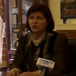 kozan.gr: Φ. Φτάκα για την επιστολή της στην Περιφέρεια σχετικά με τις επιχορηγήσεις των φανών: «Η πόλη έχει 92 πολιτιστικούς συλλόγους. Υπήρξαν παραδείγματα συλλόγων που επιχορηγήθηκαν στο πλαίσιο της Αποκριάς. Αυτό θέλουμε να επανεξεταστεί…» – Τι είπε ο δήμαρχος Κοζάνης περί λανθασμένης ερμηνείας (Βίντεο)