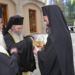 kozan.gr: Φωτογραφίες και βίντεο από την υποδοχή της τιμίας χειρός του Αγίου Χαραλάμπους, στον Μητροπολιτικό Ναό Αγ. Νικολάου στην Κοζάνη