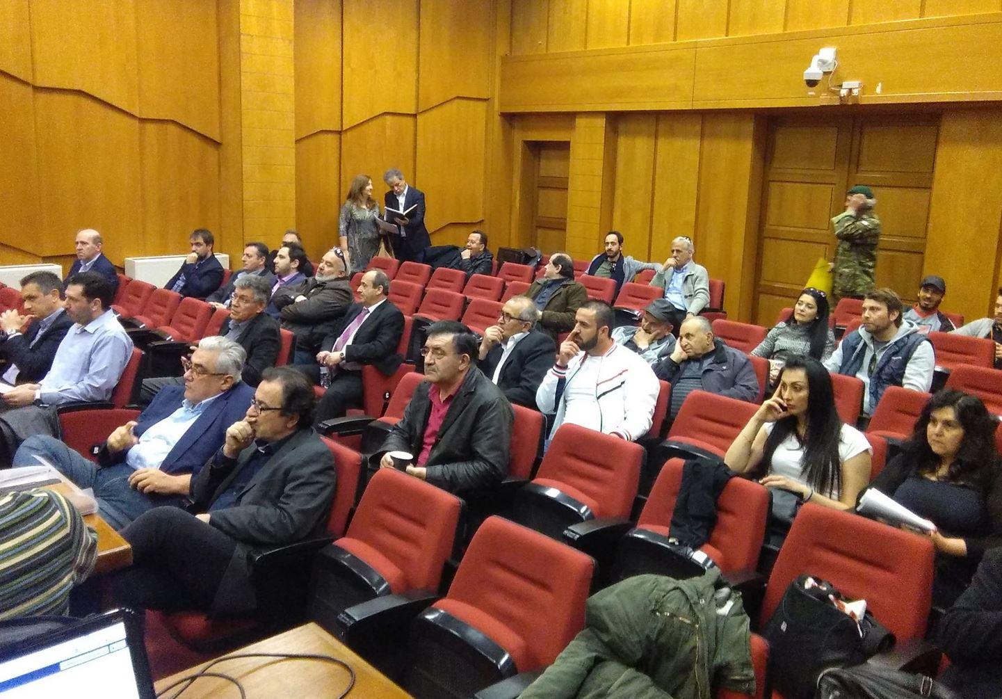 "kozan.gr: Περιφερειακό Συμβούλιο Δ. Μακεδονίας: Εκατέρωθεν ""καρφιά"" συμπολίτευσης – αντιπολίτευσης για τις ενεργειακές εξελίξεις και το ενδεχόμενο πώλησης μονάδων της ΔΕΗ – Zητήθηκε, από την Γ. Ζεμπιλιάδου, να συζητηθεί, το θέμα, εκτός ημερησίας διάταξης, όμως μετά από ψηφοφορία το αίτημα απορρίφθηκε  (Βίντεο)"