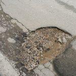 Σχόλιο αναγνώστη στο kozan.gr: Σε άσχημη κατάσταση το οδόστρωμα στην οδό Διαδόχου Παύλου στην Πτολεμαίδα (Φωτογραφίες)