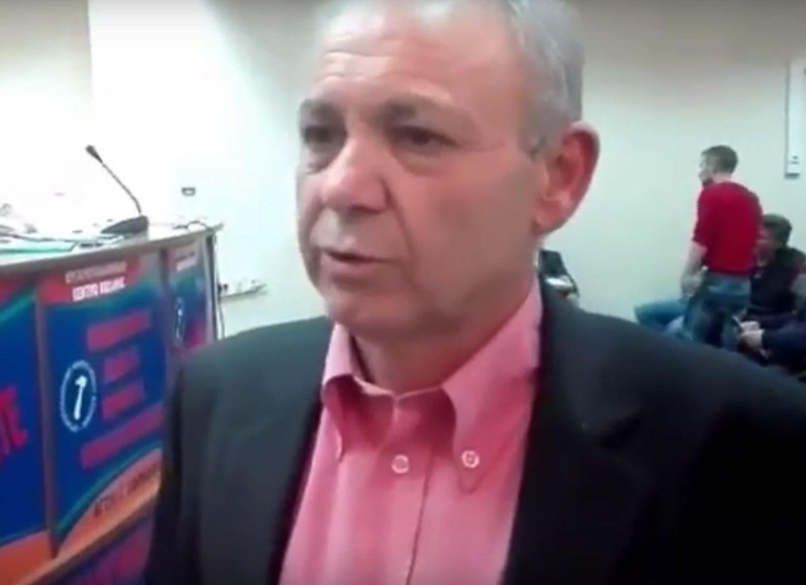 "kozan.gr: Χύτρα Ειδήσεων: Το ""πραξικόπημα"" και τα ουίσκι …στο Εργατικό Κέντρο Κοζάνης"
