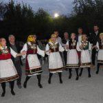 kozan.gr: Αναβίωσε, σήμερα Τρίτη, στη Μηλιά Κοζάνης, το έθιμο με το δίπλωμα χορού (50 Φωτογραφίες & Βίντεο)