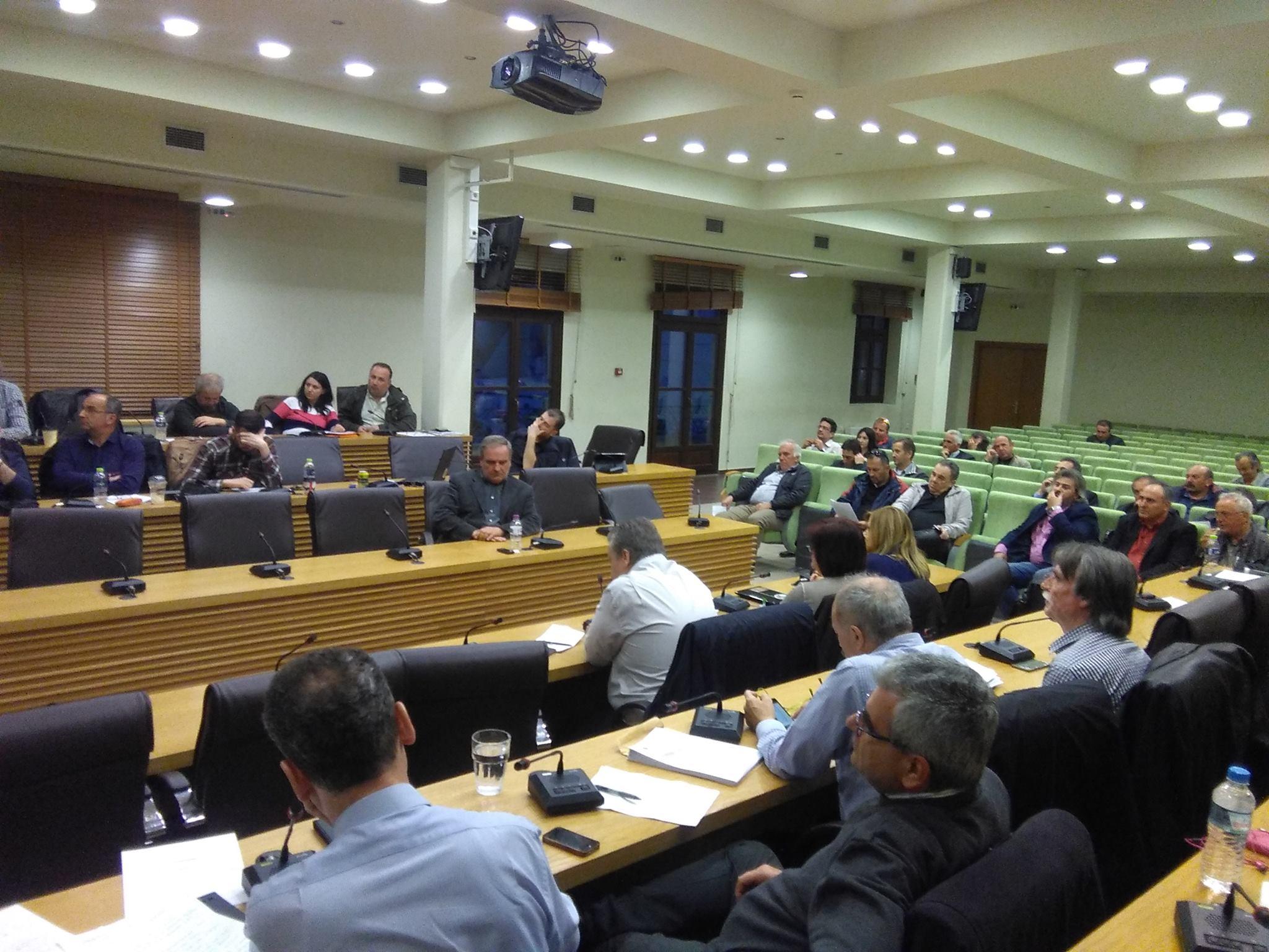 kozan.gr: Δημοτικό Συμβούλιο Κοζάνης: Με τα πιο «μελανά» χρώματα περιέγραψαν οι εκπρόσωποι των Ενεργειακών Σωματείων της περιοχής το τι σημαίνει ιδιωτικοποίηση και πώληση Μονάδων (Βίντεο)