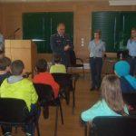 Συνεχίζονται οι ενημερωτικές διαλέξεις σε μαθητές της Δυτικής Μακεδονίας με θέματα τον διαδικτυακό εκφοβισμό, την ασφαλή πλοήγηση στο διαδίκτυο, τα ναρκωτικά και την οδική ασφάλεια