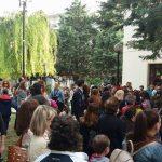 kozan.gr: Γέμισε από παιδιά ο υπαίθριος χώρος της Δημοτικής Βιβλιοθήκης Πτολεμαΐδας (Φωτογραφίες & Βίντεο)
