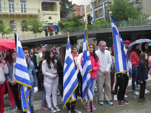 kozan.gr: Κοζάνη: Πραγματοποιήθηκαν, σήμερα Τρίτη 9/5, εκδηλώσεις τιμής για τους αγωνιστές της Εθνικής Αντίστασης 1941-1944  (Φωτογραφίες-Βίντεο)