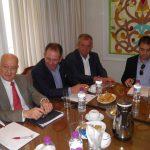 kozan.gr: Κώστας Κυριακίδης, πρόεδρος ΕΒΕ Κοζάνης στον υπουργό Οικονομίας Δ. Παπαδημητρίου: «Η κατάσταση είναι κακή και δεν έχει γυρισμό. Οι επιχειρηματίες προσφέρουν, αλλά δεν βλέπουν ανταπόδοση. Τα νούμερα δείχνουν καθημερινά λουκέτα και αρνητική ψυχολογία» (Βίντεο & Φωτογραφίες)