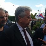 kozan.gr: Έφτασε, πριν από λίγο, στην Πτολεμαίδα, για το συνέδριο της ΓΕΝΟΠ, ο Πρόεδρος της ΔΕΗ, Εμμανουήλ Παναγιωτάκης – Tι του είπαν οι κάτοικοι των Αγ. Αναργύρων Φλώρινας (Βίντεο)