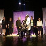 kozan.gr: Tο έργο του Ματέι Βισνιέκ, «Εθνικότητά μου το χρώμα του ανέμου» παρουσίασε η θεατρική ομάδα ενηλίκων του  Συλλόγου Μικρασιατών Πτολεμαΐδας »Η ΜΙΚΡΑ ΑΣΙΑ» (Φωτογραφίες & Βίντεο)