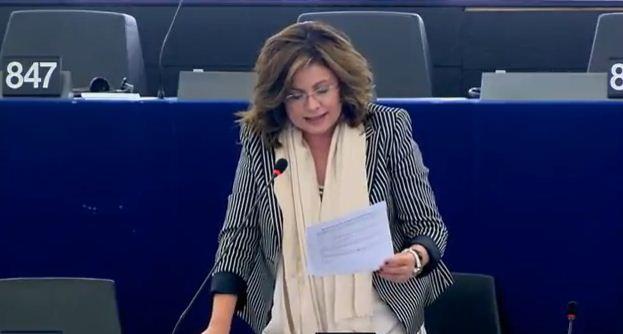 Απάντηση Λ. Πάβλοβα αντιπροέδρου της Ευρωπαϊκής Τράπεζας Επενδύσεων προς την Ευρωβουλευτή της ΝΔ Μαρίας Σπυράκη: Για την ενεργειακή μετάβαση σε Δυτ. Μακεδονία και Μεγαλόπολη, θα παράσχουμε τεχνική βοήθεια σε περιφερειακό επίπεδο αλλά και χρηματοδότηση ιδιωτικών και δημόσιων υποδομών.