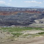 kozan.gr: Σε κατάσταση έκτακτης ανάγκης ο οικισμός των Αναργύρων μετά την κατολίσθηση στο Ορυχείο Αμυνταίου –  Ο ο αναπληρωτής υπουργός Προστασίας του Πολίτη & ο Υπουργός εξωτερικών, που επισκέφτηκαν τον οικισμό, ζήτησαν από τους κατοίκους να εκκενώσουν το χωριό