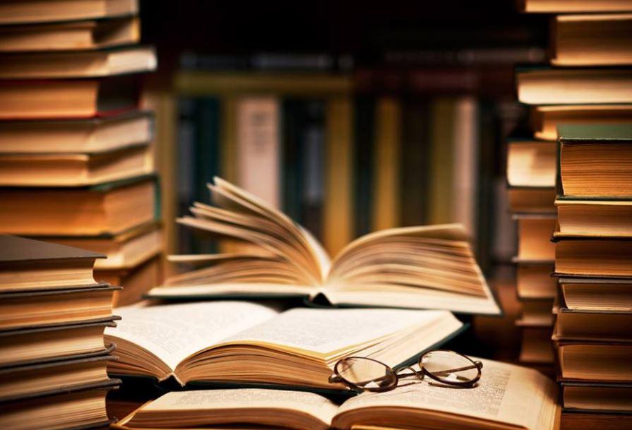 Το Εργαστήριο Αγωγής για το Βιβλίο της Παιδαγωγικής Σχολής του Πανεπιστημίου Δυτικής Μακεδονίας ανοίγει τις πύλες του, και για το ακαδημαϊκό έτος 2017-2018, στην εκπαιδευτική κοινότητα (Α/θμια – Β/θμια) αλλά και σε κοινωνικές ομάδες με ευρύτερες πολιτιστικές ανησυχίες.