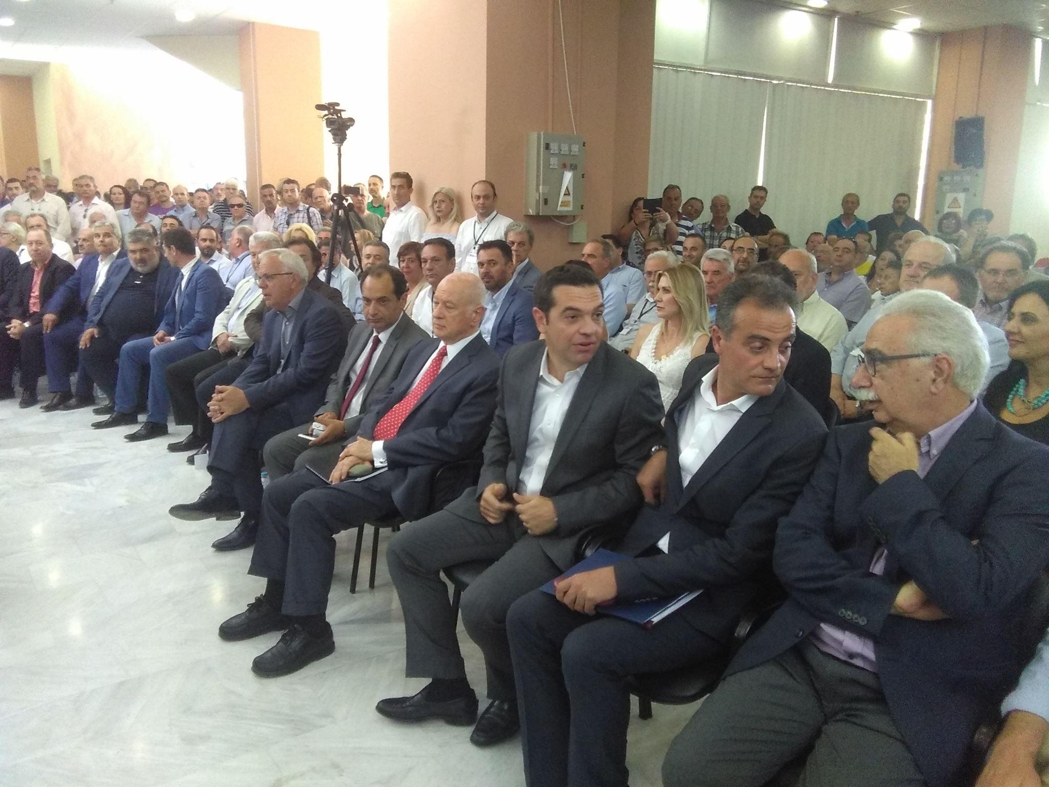 "kozan.gr: Kαρυπίδης από το βήμα του συνεδρίου στα Κοίλα Κοζάνης: ""Η παροχή φθηνότερης ηλεκτρικής ενέργειας πρέπει να αποτυπωθεί σήμερα. Το αίτημα αυτό δεν είναι αίτημα απλά, είναι απαίτηση¨ (Φωτογραφίες)"