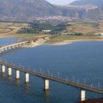 Τη μείωση του ορίου ταχύτητας των διερχόμενων οχημάτων, από την Yψηλή γέφυρα  Σερβίων, στα 40 χλμ / ώρα, ζήτησε ο Περιφερειάρχης Δυτικής Μακεδονίας Γ. Κασαπίδης από τον Διευθυντή της Αστυνομικής Διεύθυνσης Κοζάνης Σ. Διόγκαρη