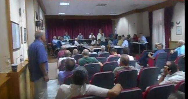 «Kόψε τις μαλα….» και διακοπή και πάλι στη συνεδρίαση του δημοτικού συμβουλίου Σερβίων – Βελβεντού (Bίντεο)