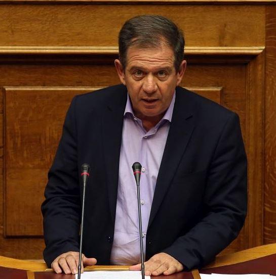 Ερώτηση βουλευτών του ΣΥΡΙΖΑ σχετικά με την Άρνηση χορήγησης τερματικού ηλεκτρονικών πληρωμών σε επαγγελματίες από τις τράπεζες, λόγω καταχώρησης στο σύστημα αθέτησης υποχρεώσεων του ΤΕΙΡΕΣΙΑ (συνυπογράφει ο Μ.Δημητριάδης)