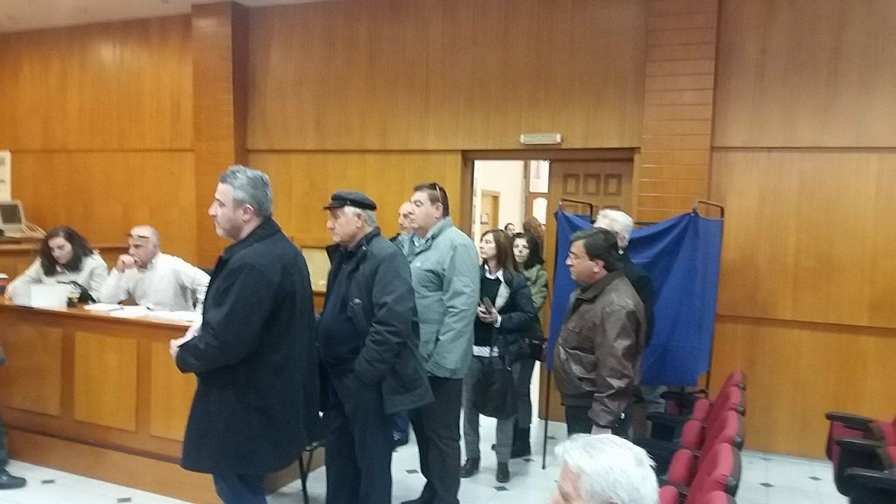 kozan.gr: Πτολεμαΐδα: Σε εξέλιξη, από το πρωί, οι εκλογές για το νέο φορέα της κεντροαριστεράς (Φωτογραφίες)