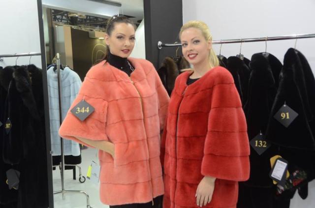 Αυξημένος ο αριθμός επισκεπτών τη 2η ημέρα του Fur Shopping Festival – 274 επισκέπτες από 17 χώρες  (Φωτογραφίες)
