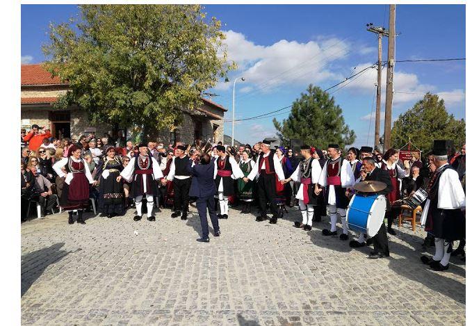 Με μεγάληεπιτυχία πραγματοποιήθηκε το 12ο Καστανοπάζαρο στον Πεντάλοφο του Δήμου Βοΐου (Φωτογραφίες)