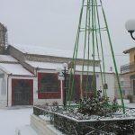 Προβλήματα από το πρώτο χιόνι στα Καμβούνια – Ωρύεται ο κοινοτάρχης της Ελάτης (Φωτογραφίες & Βίντεο)