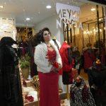 kozan.gr: Ξεκίνησε η «Λευκή νύχτα» στα εμπορικά καταστήματα της Κοζάνης – Iκανοποιημένοι οι καταστηματάρχες (Φωτογραφίες & Βίντεο)