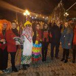 kozan.gr: Στην Εράτυρα, το τελευταίο εορταστικό πανηγύρι που θα ξεπροβοδίσει το 2017, ξεκίνησε, με τα «Σούρβα» (Φωτογραφίες & Βίντεο)