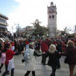 kozan.gr: Kεντρική Πλατεία Κοζάνης: Χόρεψαν και γεύτηκαν τα παραδοσιακά Κοζανίτικα γιαπράκια (Βίντεο & Φωτογραφίες)