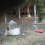 Επιστολή αναγνώστη στο kozan.gr: Σκουπιδότοπος γύρω από το υπαίθριο θέατρο του Δήμου Κοζάνης (Φωτογραφίες)