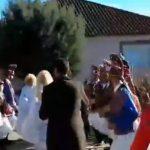 kozan.gr: Η 1η μέρα, αναβίωσης του εθίμου των Μωμογέρων στον Αγ. Δημήτριο Κοζάνης – Συνέχεια και την Τρίτη 26/12 (Βίντεο & Φωτογραφίες)