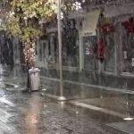 kozan.gr: Ώρα 07:30: Πυκνή χιονόπτωση στην πόλη της Κοζάνης (Βίντεο)