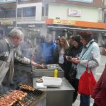 kozan.gr: Ώρα 14:30: Φωτογραφίες από τα cafe – bar και τους δρόμους της Κοζάνης – Η πόλη σε ρυθμούς Αποκριάς (Φωτογραφίες)