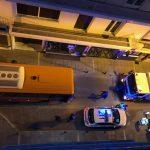 kozan.gr: Κοζάνη: Μποτιλιάρισμα στην οδό Μ. Αλεξάνδρου, για περίπου μισή ώρα, όταν λεωφορείο της ΔΕΗ υπέστη βλάβη. Επιστρατεύτηκε απορριμματοφόρο του δήμου Κοζάνης για να το τραβήξει στην άκρη και ν' ανοίξει ο δρόμος (Βίντεο & Φωτογραφίες)